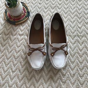 Clark's Artisan White driving loafer Moccasins 7